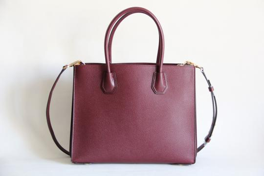 Michael Kors Mercer Leather Accordion Tote in Brown Image 4