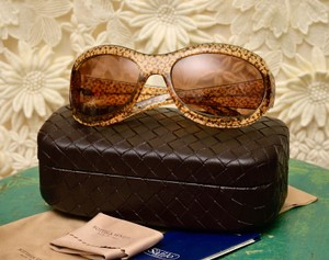 211ca34465d Bottega Veneta with Woven Bottega Hard Case and Soft Pouch and Cleaning  Cloth