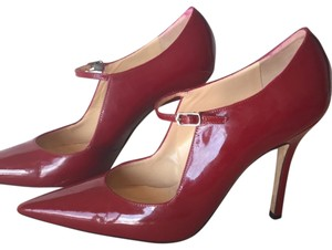 5899ee8ebf061 Red Manolo Blahnik Pumps - Up to 90% off at Tradesy