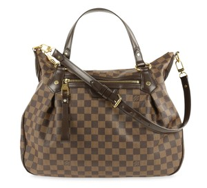 c14bdf83d4da9 Louis Vuitton Shoulder Bags on Sale - Up to 70% off at Tradesy