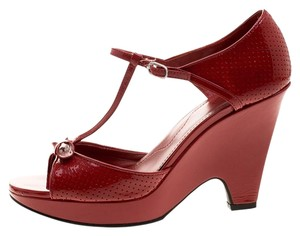Tod's Patent Leather Maroon Sandals