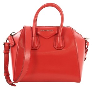 Givenchy Leather Antigona Satchel in Red