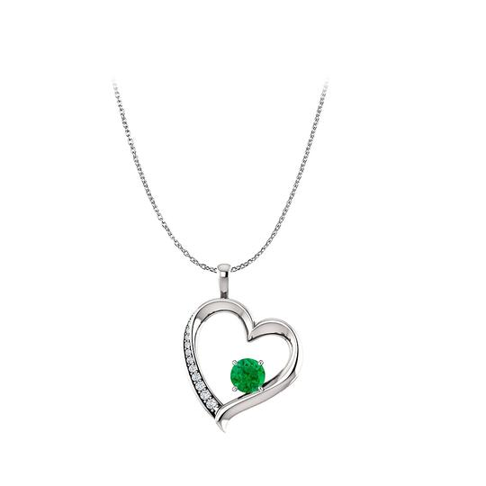 Preload https://img-static.tradesy.com/item/25129389/green-natural-emerald-diamond-heart-pendant-in-14k-white-gold-necklace-0-0-540-540.jpg