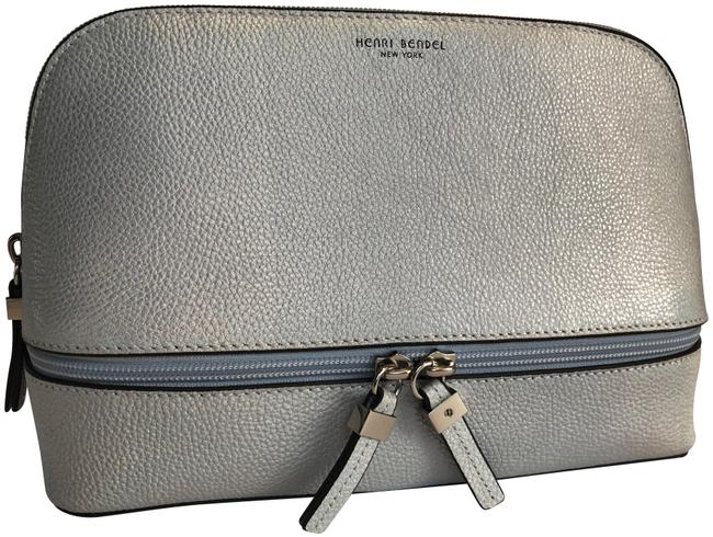 Item - Cosmetic Case Crosby Crackle Large Wedge Silver Holographic Leather Weekend/Travel Bag