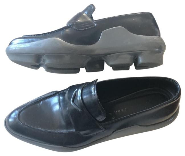 Item - Loafers Flats Size US 6.5 Regular (M, B)