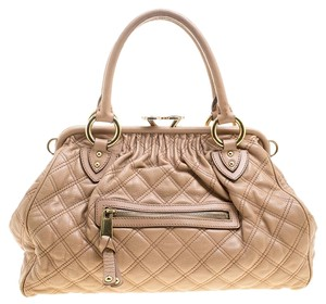 fa357362afcd2 Marc Jacobs Handbags - Up to 80% off at Tradesy