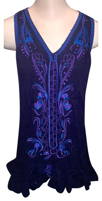 Item - Navy Embroidered Mid-length Short Casual Dress Size 8 (M)