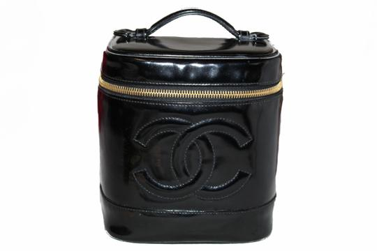 c6c2b8a79702 Chanel Chanel Black Patent Leather Cosmetic Bag Image 0 ...