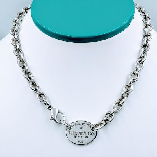Preload https://img-static.tradesy.com/item/25133023/tiffany-and-co-please-return-oval-tag-choker-sterling-silver-necklace-0-1-540-540.jpg
