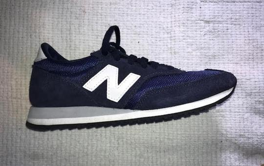 New Balance Sneakers Trainers Streetwear Lifestyle Navy Blue Athletic Image 2