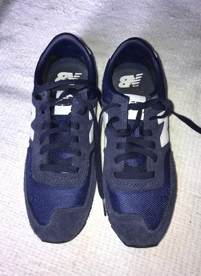 New Balance Sneakers Trainers Streetwear Lifestyle Navy Blue Athletic Image 4