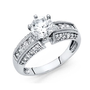 Top Gold & Diamond Jewelry 1-CT Round 4-Prong & Regal Princess Side CZ Engagement Ring in 14K