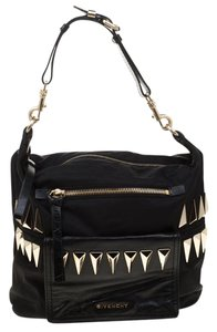 Givenchy Bags on Sale - Up to 70% off at Tradesy 6b9e1ffb8a0f7