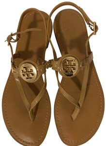 a54a4d2582935 Tory Burch Shoes on Sale - Up to 70% off at Tradesy