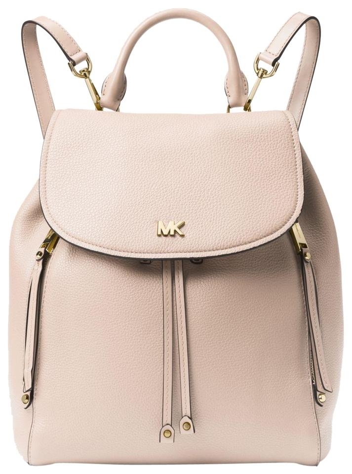 486e3e11622d Michael Kors Evie Medium Soft Pink Leather Backpack - Tradesy