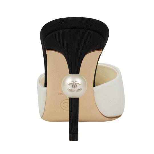 Chanel Goatskin Leather Pointed Toe Pearl White And Black Mules Image 3