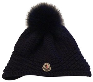 11a9c6683ac82 Moncler Hats - Up to 70% off at Tradesy