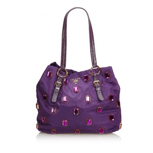 Prada 9cprto034 Vintage Nylon Patent Leather Tote in Purple