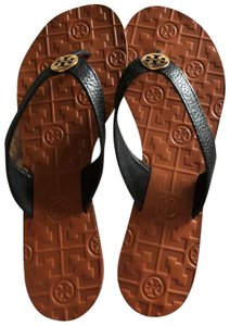 cd8bed72974c Tory Burch Thora Sandals - Up to 70% off at Tradesy