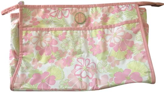 Preload https://img-static.tradesy.com/item/25139171/lilly-pulitzer-cosmetic-pouch-pinkwhite-cotton-blend-satchel-0-1-540-540.jpg