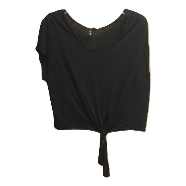Preload https://img-static.tradesy.com/item/25139223/emma-and-sam-black-oversized-slouchy-tie-front-linen-look-blouse-size-6-s-0-0-650-650.jpg
