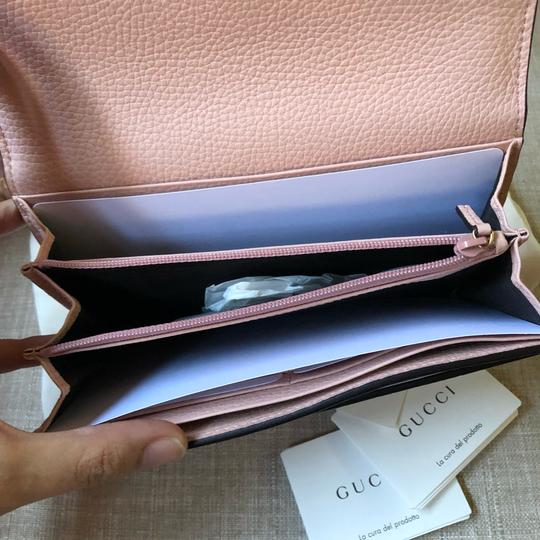 Gucci New Gucci Continental Animalier Bee Pink Wallet Image 4