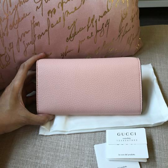 Gucci New Gucci Continental Animalier Bee Pink Wallet Image 7
