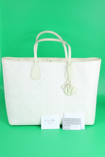 Dior Tote in Ivory Image 7