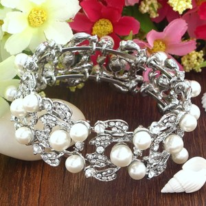 Silver & White Plated Simulated Pearl Bangle Clear Austrian Crystal Bracelet