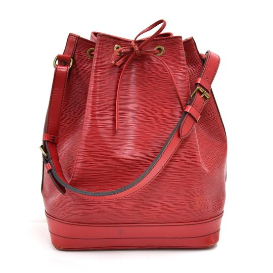 Preload https://img-static.tradesy.com/item/25139443/louis-vuitton-vintage-noe-large-red-leather-shoulder-bag-0-0-540-540.jpg