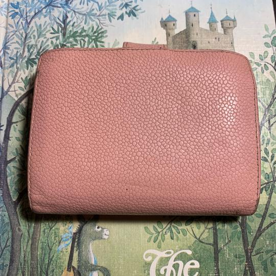 Chanel Pebble Pink Wallet Image 1