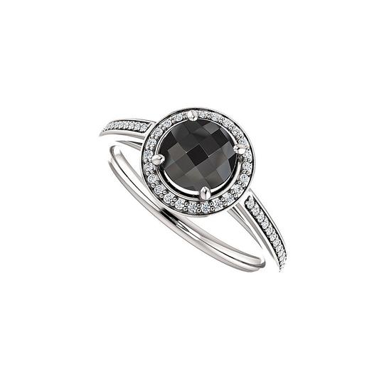 Preload https://img-static.tradesy.com/item/25139925/black-onyx-cz-halo-engagement-in-14k-white-gold-ring-0-0-540-540.jpg
