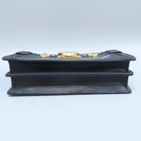 Louis Vuitton Lv Trunk black Clutch Image 3
