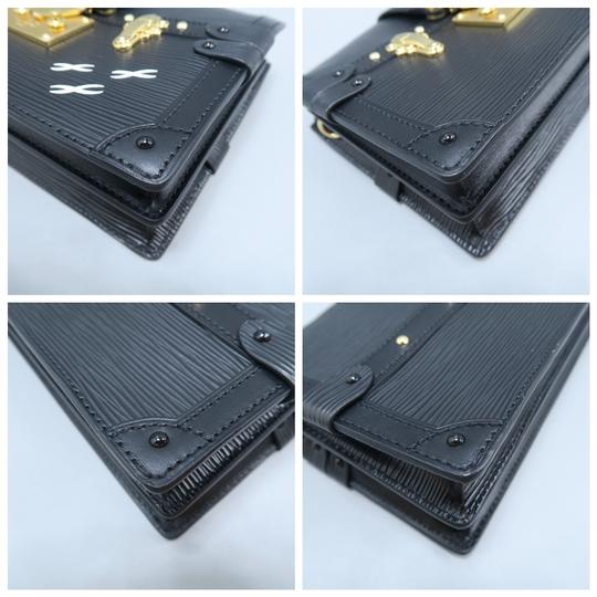 Louis Vuitton Lv Trunk black Clutch Image 5