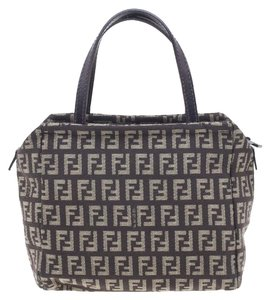 Fendi Bags on Sale - Up to 70% off at Tradesy 543692f341749