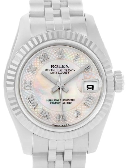 Preload https://img-static.tradesy.com/item/25140243/rolex-mother-of-pearl-datejust-steel-white-gold-decorated-mop-ladies-179174-watch-0-1-540-540.jpg