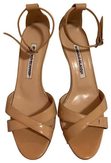 Preload https://img-static.tradesy.com/item/25140259/manolo-blahnik-nude-caller-crisscross-patent-70mm-sandals-pumps-size-us-55-regular-m-b-0-1-540-540.jpg