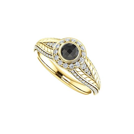 Preload https://img-static.tradesy.com/item/25140284/black-onyx-and-cz-leaf-pattern-halo-in-14k-gold-ring-0-0-540-540.jpg