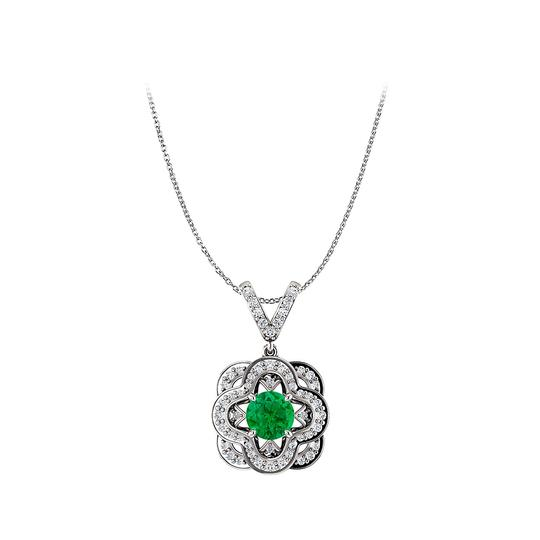 Preload https://img-static.tradesy.com/item/25140620/green-round-emerald-artful-gold-pendant-and-v-shape-cz-bail-necklace-0-0-540-540.jpg