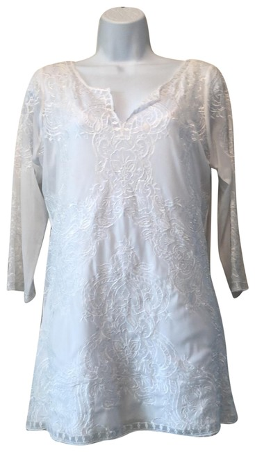 Preload https://img-static.tradesy.com/item/25140945/white-house-black-market-whbm-lace-tunic-size-10-m-0-1-650-650.jpg