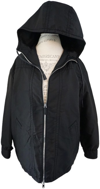 Preload https://img-static.tradesy.com/item/25140993/prada-black-hooded-windbreaker-lightweight-zip-closure-jacket-size-12-l-0-1-650-650.jpg