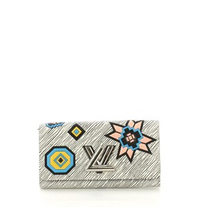 Louis Vuitton Leather Twist multicolor Clutch