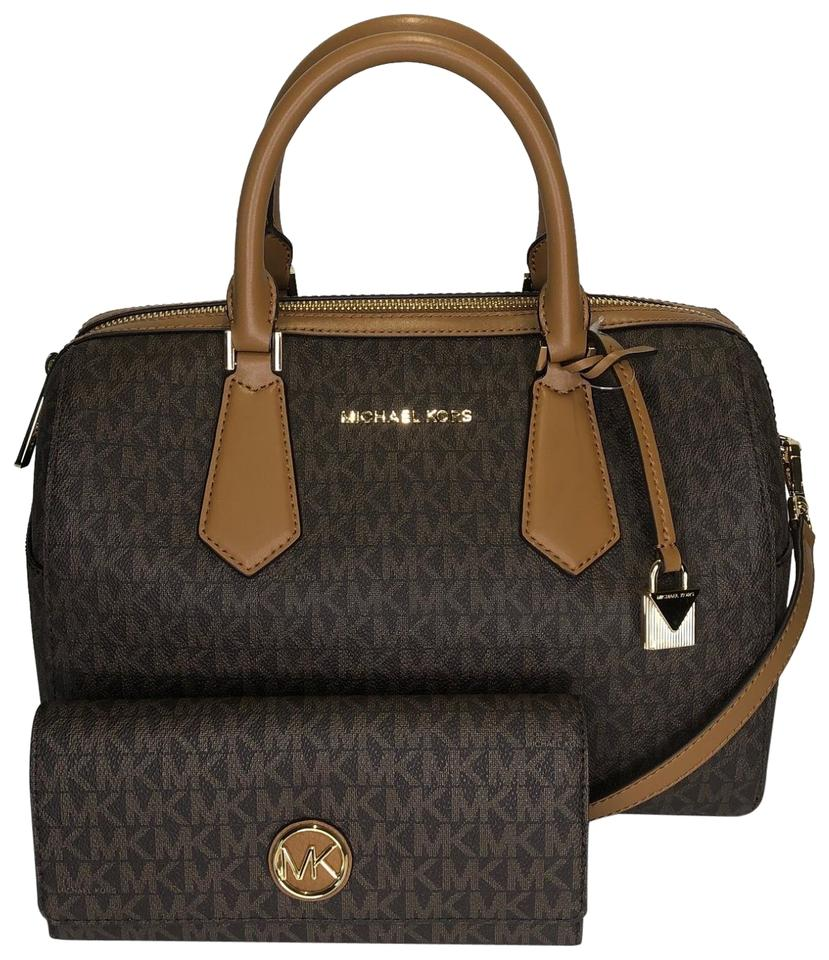6ca8866c8286 Michael Kors Hayes Large Duffle with Fulton Wallet Signature Mk ...