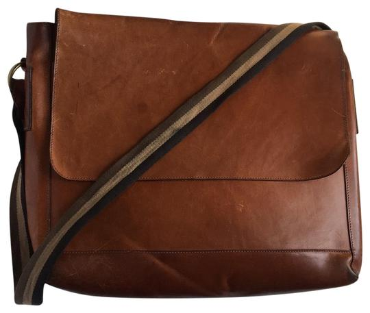 Preload https://img-static.tradesy.com/item/25141943/mulberry-maxwell-messenger-brown-tan-leather-cross-body-bag-0-1-540-540.jpg