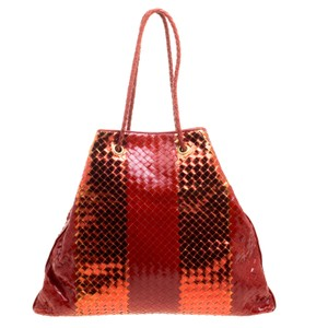 Bottega Veneta Leather Suede Metallic Tote in Red