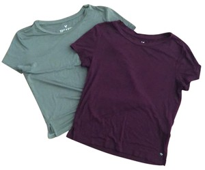 American Eagle Outfitters T Shirt Burgundy and Fern