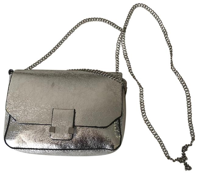 Item - 33388 Silver Cross Body Bag