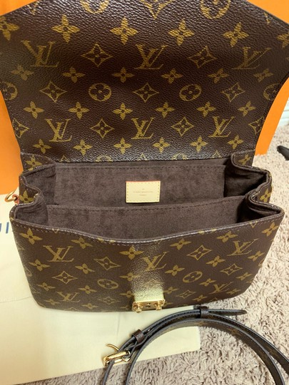 Louis Vuitton Pochette Metis Rare New Cross Body Bag Image 8