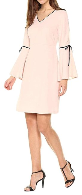Item - Pink Bell Sleeve Shift Short Casual Dress Size 8 (M)