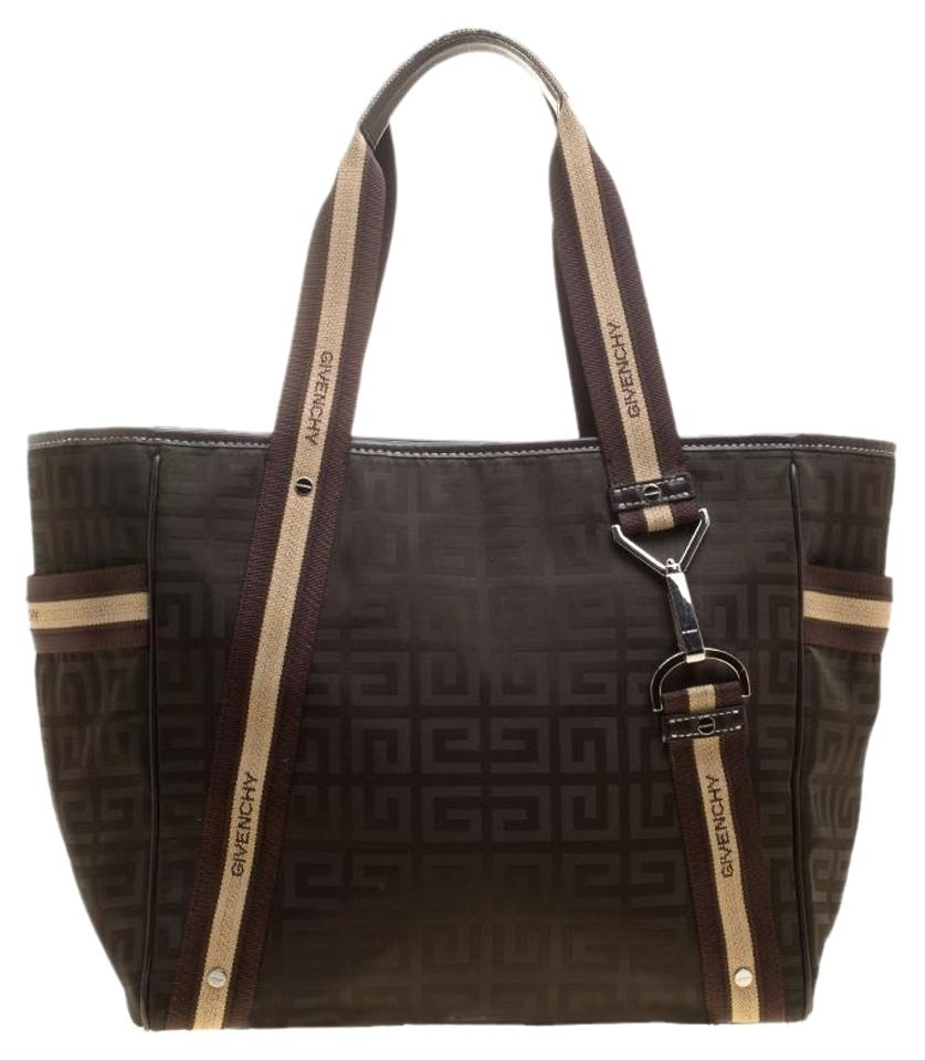 b7221c0bc63d Givenchy Totes on Sale - Up to 70% off at Tradesy